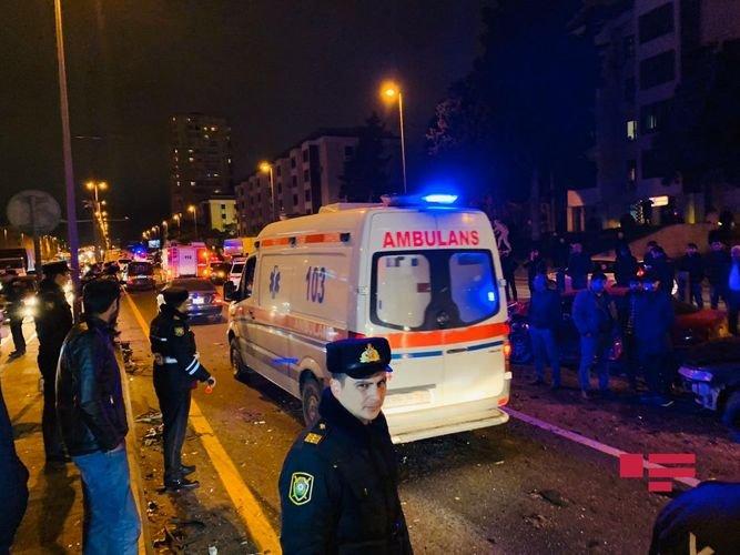 Bakıda ağır yol qəzası baş verib (FOTOLAR)
